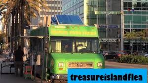 Gowess Food Truck Sajikan Makanan Indonesia di Los Angeles